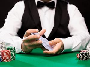 Croupier licht casino voor bijna een miljoen euro op