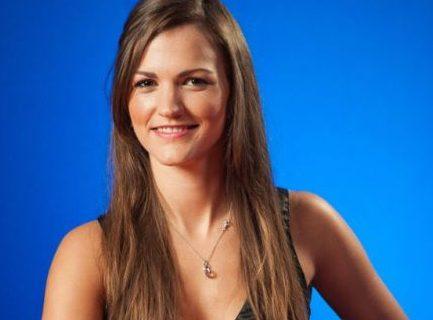 Annabel, een live dealer bij Oranje Casino